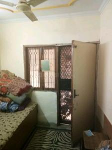 Gallery Cover Image of 650 Sq.ft 2 BHK Independent Floor for buy in Govindpuri for 2500000