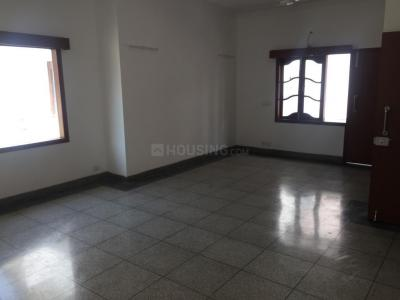 Gallery Cover Image of 7200 Sq.ft 8 BHK Villa for rent in Sector 15A for 300000