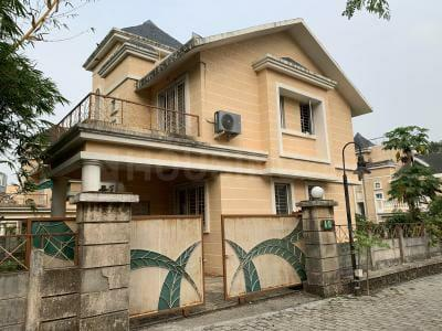 Gallery Cover Image of 4150 Sq.ft 4 BHK Villa for buy in Thane West for 40000000