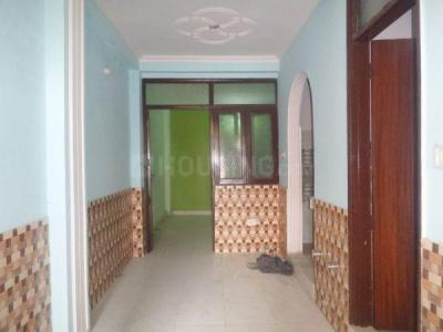 Gallery Cover Image of 800 Sq.ft 2 BHK Apartment for rent in Sector 13 Dwarka for 18000