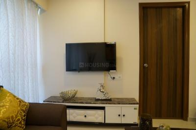 Gallery Cover Image of 1815 Sq.ft 3 BHK Apartment for rent in Malad West for 70000