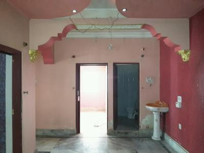 Gallery Cover Image of 835 Sq.ft 2 BHK Apartment for rent in Uttarpara for 10000