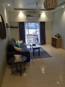 Gallery Cover Image of 700 Sq.ft 2 BHK Apartment for buy in Goregaon East for 12000000