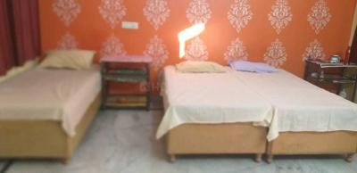 Bedroom Image of Nupur PG in Sector 23