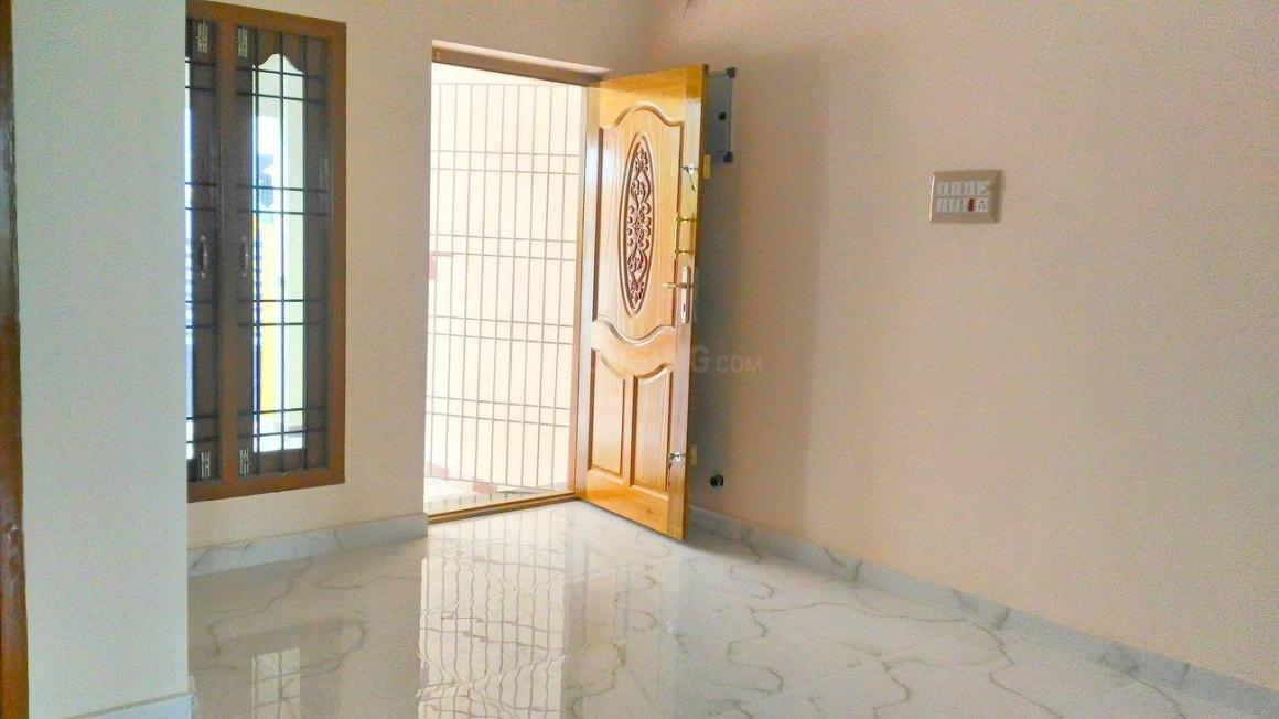 Living Room Image of 1050 Sq.ft 3 BHK Independent House for buy in Kovur for 4500000