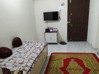Gallery Cover Image of 400 Sq.ft 1 BHK Apartment for buy in Mulund West for 3500000