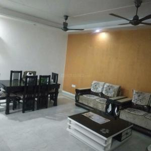 Gallery Cover Image of 1900 Sq.ft 3 BHK Independent Floor for rent in Sector 8 Dwarka for 33000