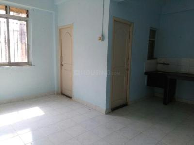 Gallery Cover Image of 350 Sq.ft 1 RK Apartment for rent in Shivaji Raje Complex, Kandivali West for 8000