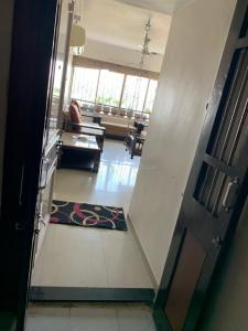 Gallery Cover Image of 2500 Sq.ft 4 BHK Apartment for buy in Management Enclave, Vastrapur for 9500000