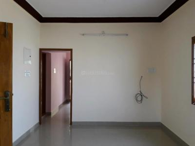 Gallery Cover Image of 1100 Sq.ft 2 BHK Apartment for rent in Sembakkam for 8000