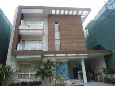 Gallery Cover Image of 5870 Sq.ft 5 BHK Villa for rent in Sobha International City- Presidential Villa, Sector 109 for 80000