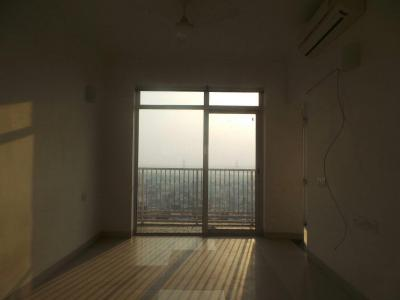 Gallery Cover Image of 936 Sq.ft 1 BHK Apartment for rent in Jaypee The Pavilion Court, Sector 128 for 16000