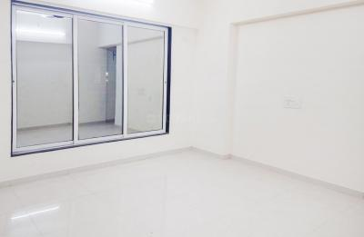 Gallery Cover Image of 650 Sq.ft 2 BHK Apartment for rent in Malad West for 32000