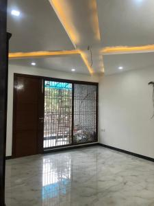 Gallery Cover Image of 2000 Sq.ft 3 BHK Apartment for rent in Sector 7 Dwarka for 35000