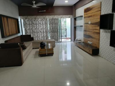 Gallery Cover Image of 2025 Sq.ft 3 BHK Apartment for rent in Science City for 35000