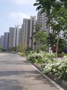 Gallery Cover Image of 1200 Sq.ft 3 BHK Apartment for buy in Lodha Lodha Palava Downtown, Palava Phase 2 Khoni for 8000000