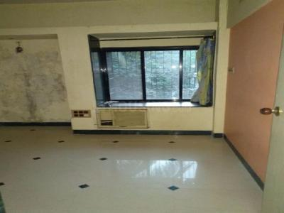 Gallery Cover Image of 1500 Sq.ft 3 BHK Apartment for rent in Juhu for 115000