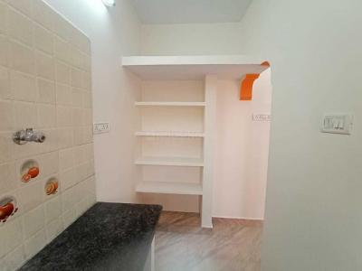 Gallery Cover Image of 1150 Sq.ft 2 BHK Apartment for rent in Velachery for 12000