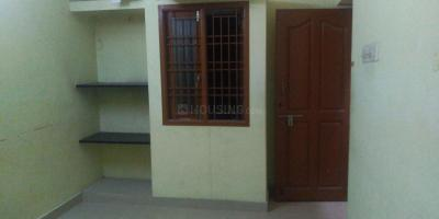 Gallery Cover Image of 820 Sq.ft 1 BHK Apartment for rent in Pallikaranai for 8000