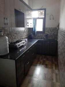 Kitchen Image of Shalini House in Vasundhara