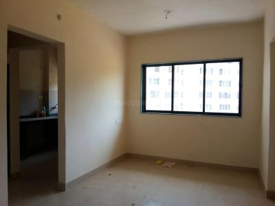 Gallery Cover Image of 340 Sq.ft 1 RK Apartment for buy in Kasarvadavali, Thane West for 2900000