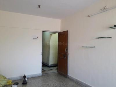 Gallery Cover Image of 850 Sq.ft 2 BHK Apartment for rent in Malad East for 28000