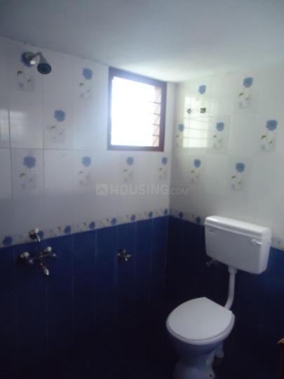Common Bathroom Image of 850 Sq.ft 2 BHK Apartment for rent in Kamaraj Nagar for 700000