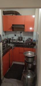 Gallery Cover Image of 450 Sq.ft 1 BHK Apartment for buy in Ashok Vihar Phase III Extension for 1200000