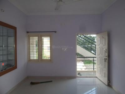 Gallery Cover Image of 900 Sq.ft 2 BHK Apartment for rent in Sathnur Village for 11000