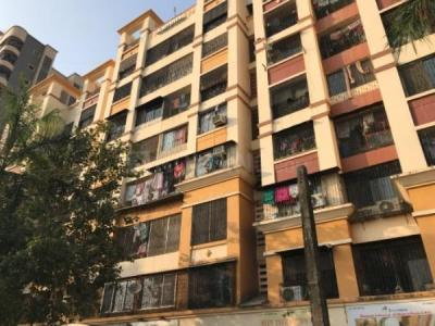 Gallery Cover Image of 620 Sq.ft 1 BHK Apartment for rent in Kandivali West for 19000