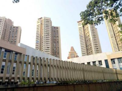 Gallery Cover Image of 415 Sq.ft 1 BHK Apartment for rent in Parel for 80000