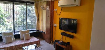 Gallery Cover Image of 610 Sq.ft 1 BHK Apartment for rent in Bandra West for 60000