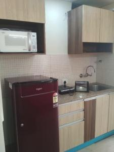 Gallery Cover Image of 455 Sq.ft 1 RK Apartment for rent in Sector 137 for 12999