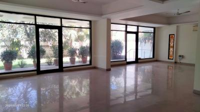 Gallery Cover Image of 10000 Sq.ft 6 BHK Independent House for rent in Vasant Vihar for 650000