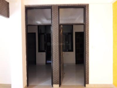 Gallery Cover Image of 1000 Sq.ft 2 BHK Apartment for rent in Niti Khand for 12000