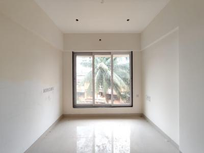Gallery Cover Image of 650 Sq.ft 1 BHK Apartment for buy in Borivali West for 10450000