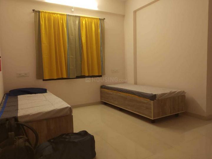 कर्वे नगर में बी अर्बन को-लिविंग होस्टल्स रोज़ के बेडरूम की तस्वीर