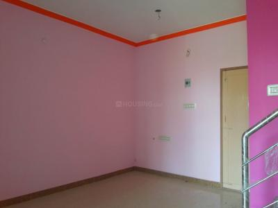 Gallery Cover Image of 1200 Sq.ft 2 BHK Independent House for buy in Kolathur for 5700000