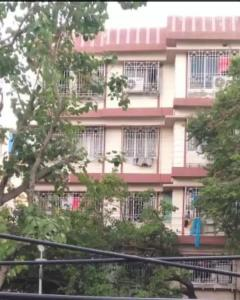 Gallery Cover Image of 1300 Sq.ft 2 BHK Apartment for buy in SS 23 Jodhpur Park, Dhakuria for 13000000