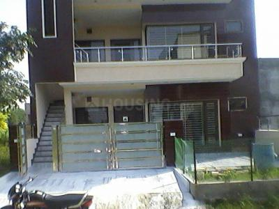 Gallery Cover Image of 793 Sq.ft 1 BHK Independent House for rent in Sector 5 for 11500