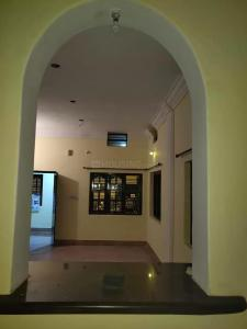 Gallery Cover Image of 1300 Sq.ft 3 BHK Independent Floor for rent in Mahadevapura for 18000