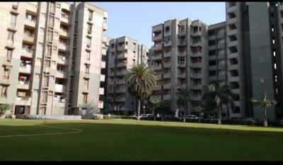Gallery Cover Image of 1050 Sq.ft 3 BHK Apartment for rent in Sector 62 for 20000