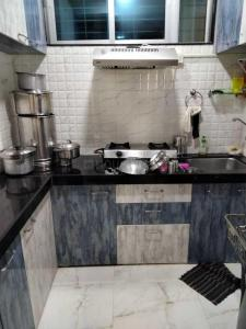 Gallery Cover Image of 750 Sq.ft 1 BHK Apartment for rent in Annapurna Jyoti, Mira Road East for 14000