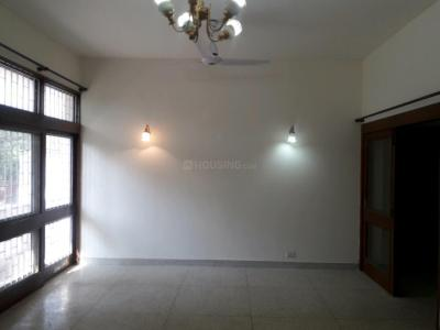 Gallery Cover Image of 1800 Sq.ft 3 BHK Independent Floor for rent in Soami Nagar for 70000