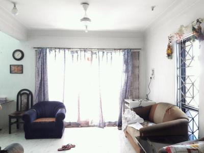 Gallery Cover Image of 1650 Sq.ft 3 BHK Apartment for rent in Wanwadi for 250000