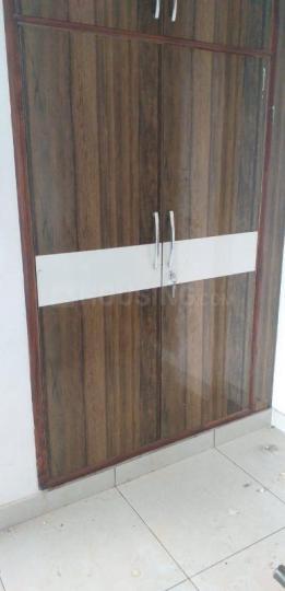 सेक्टर 7 द्वारका में स्टेयिन के बेडरूम की तस्वीर
