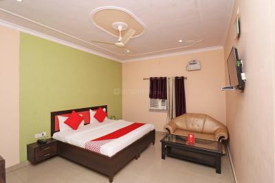 Gallery Cover Image of 500 Sq.ft 1 BHK Independent House for buy in Jaunapur for 1600000