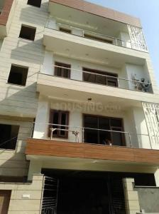 Gallery Cover Image of 861 Sq.ft 2 BHK Apartment for rent in Tangra for 10000