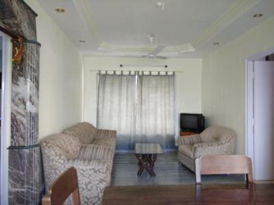 Gallery Cover Image of 1200 Sq.ft 3 BHK Apartment for rent in Hill Crest, Borivali West for 45000