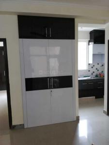 Gallery Cover Image of 1150 Sq.ft 2 BHK Apartment for buy in Sector 77 for 5700000